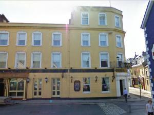 The Queen's Hotel, Ennis.